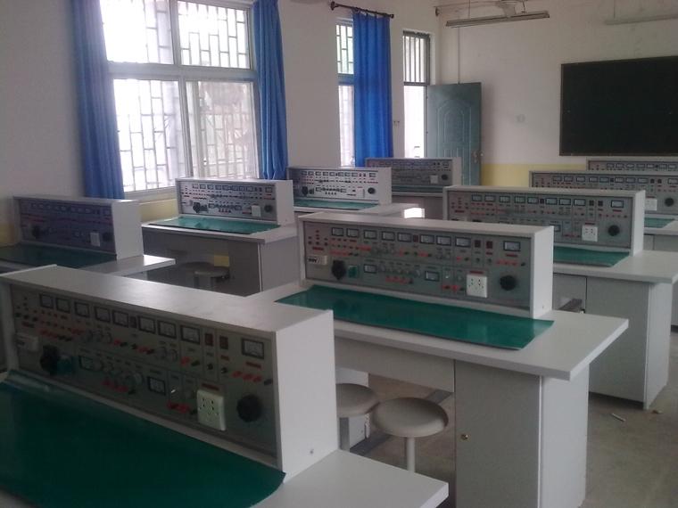 模拟电路实验室设备