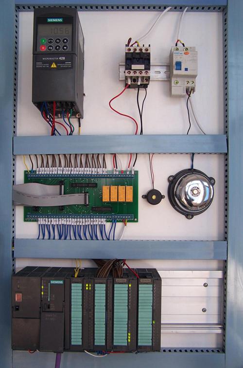 四,plc控制系统要求 三菱主机:采用三菱fx3u-64mr可编程控制器
